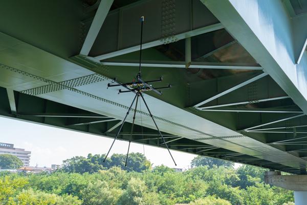 新型ドローン「Next」シリーズによる次世代の橋梁点検手法の実証実験を実施