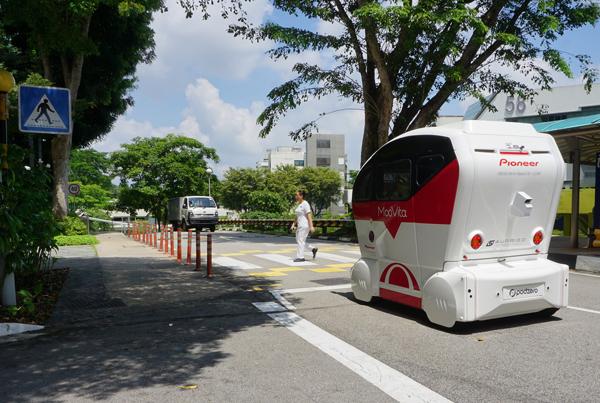 パイオニア「3D‐LiDARセンサー」を搭載した自動運転シャトルバスの実証実験