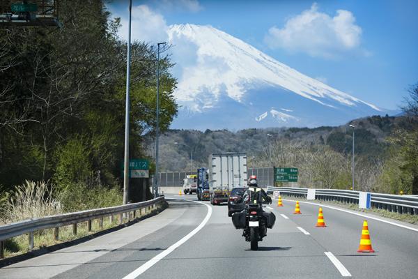 日本初、ボッシュが二輪車向け安全運転支援システムの公道試験を開始
