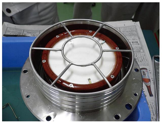 図3 センサ内部(200KHzの振動子)